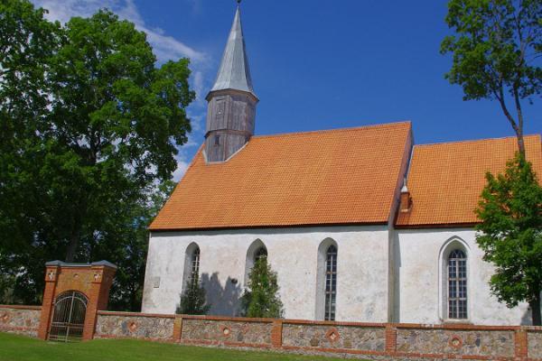 Die evangelisch-lutherische Kirche des Heiligen Laurentius zu Nõo