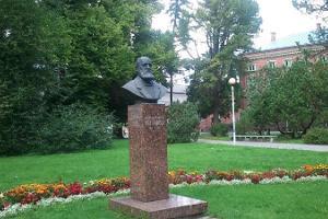 Denkmal für Oscar Brackmann
