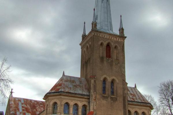 EELK Rõngu Mihkli (Miikaeli) kirik