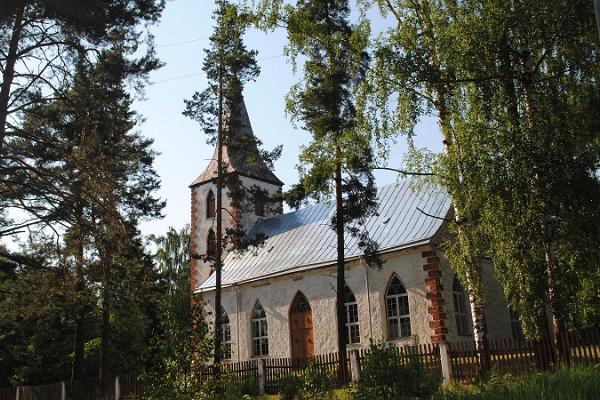 Pindi baznīca Lasvas ciematā