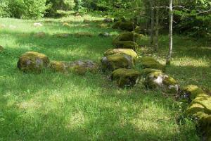 Jaagupi enclosed burial mound