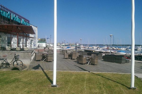 Yachthamnen vid Grand Holms marina