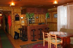 Metlini Hunting House