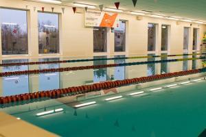 Schwimmhalle und Sportzentrum Käina
