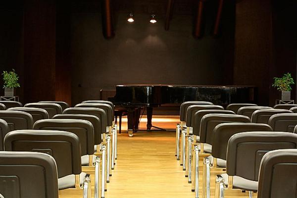 Банкетные залы и конференц-залы парка отдыха Тяхтвере, зал на втором этаже
