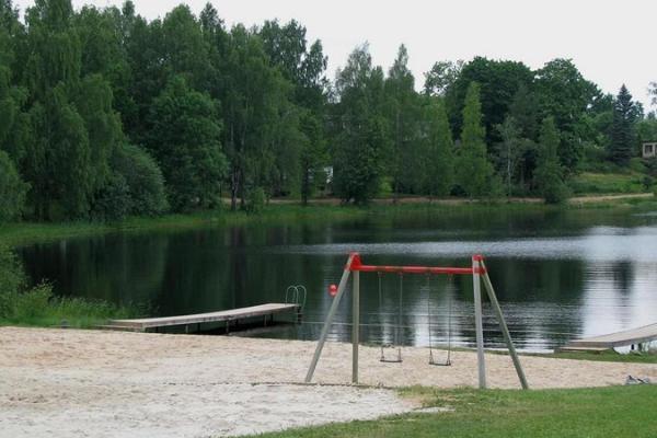 Lake Riiska beach