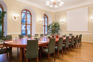 Viron kauppa- ja teollisuuskamarin seminaaritilat