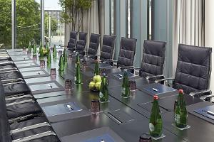 """Konferenču telpas viesnīcā """"Hilton Tallinn Park hotel"""""""