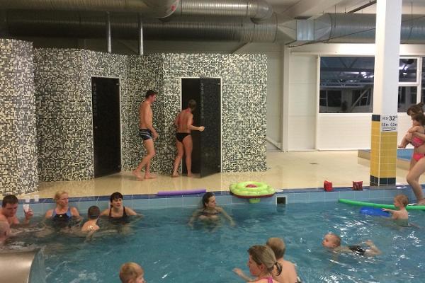 Schwimmbad und Spa Abja