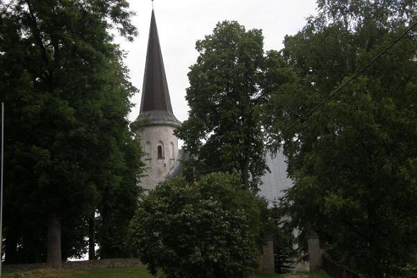 Lüganuse Ristija Johannese kirik