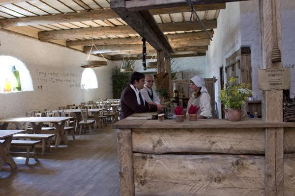 Palmse manor house pub