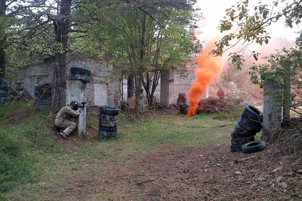 Paintball Tallinnas vanas Vene sõjaväeosas