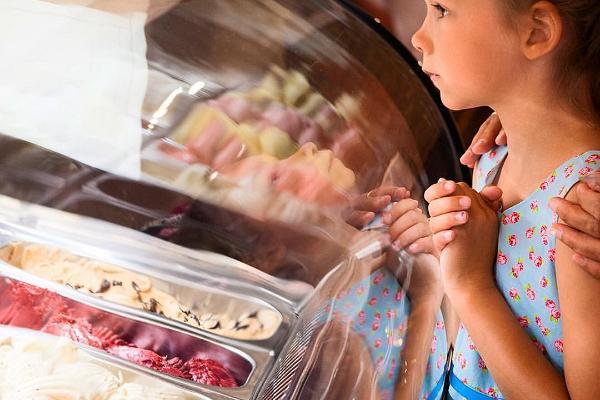Gelato Ladies Ice Cream Café