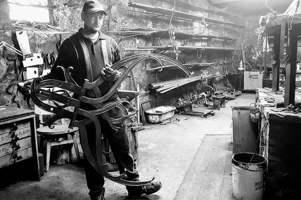 Archaic blacksmithing demonstration