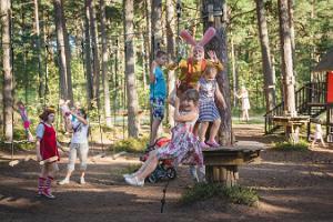Lotes zemes tematiskais parks - lielākais tematiskais parks visai ģimenei Igaunijā!