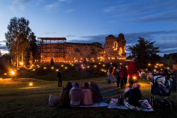 Eestimaa iidsed pühapaigad, kloostrid ja palverännuteed