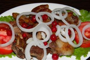 Restaurang Gruusia Köök (Georgiska Köket)