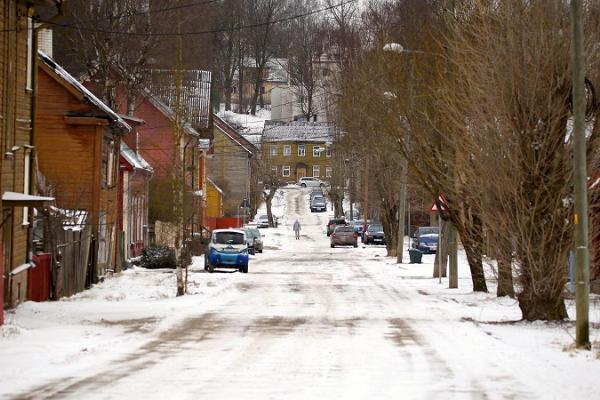 Supilinn – a district of wooden buildings with a wonderful milieu at winter