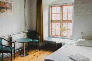 Võõrad Öös / Strangers in the Night hostel