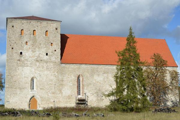 Pöide Maarja kirik