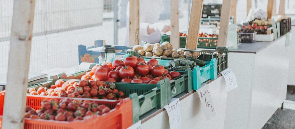 Fresh farmers' markets