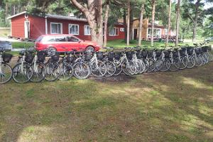 Kihnun satamassa sijaitseva saaren suurin pyörävuokraamo