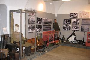Vaivara Sinimägede muuseum