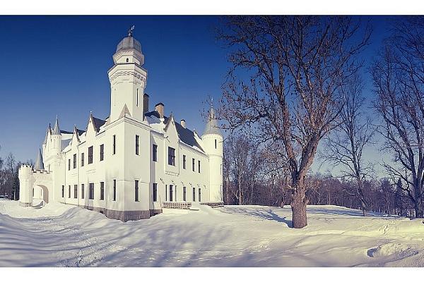 Alatskivi lossi konverentsi- ja seminariruumid, loss lumisel talvel
