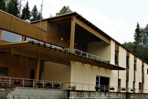 Holstre-Polli Vabaajakeskus