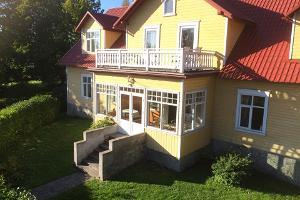 Nurmeveski viesu māja