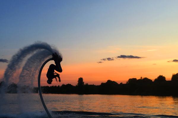 Flyboard-lento Rummun louhoksella