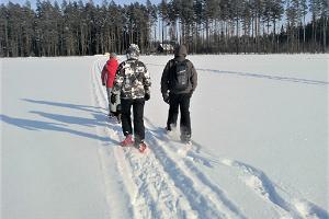 Snöskovandringar i Meelva moss