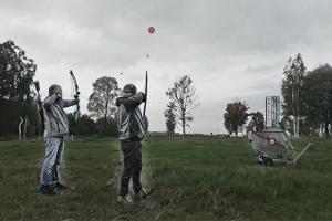 """Loka šaušana kustīgā mērķī atpūtas ciemā """"Fishing Village"""""""
