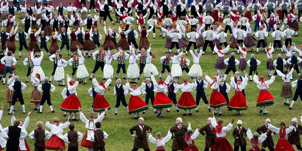 Среди эстонцев есть всемирно известные музыканты, спортсмены, художники