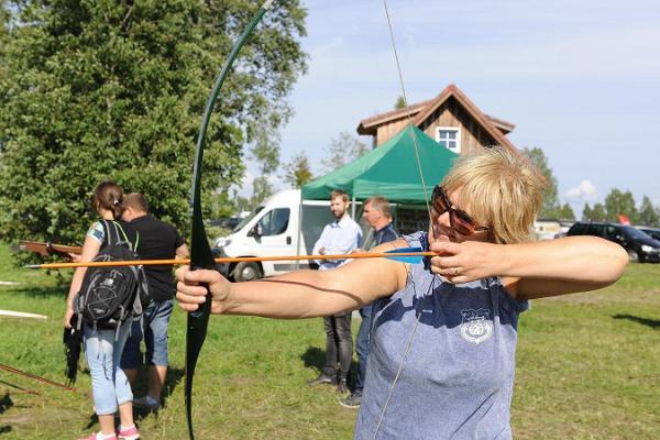 Archery tournament in Fishing Village
