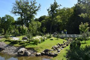 Kadriorgin puiston japanilainen puutarha