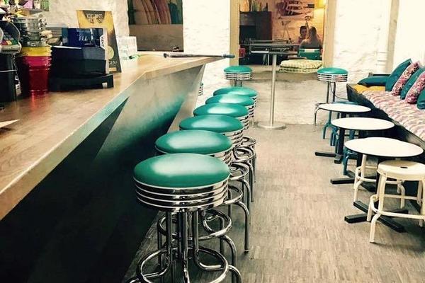 Popular cafe-bar