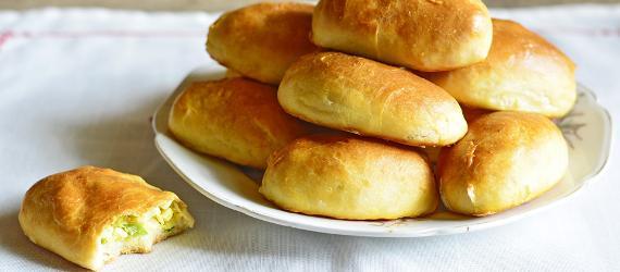 Peipsimaa sibulapirukad, onion pies, visit estonia