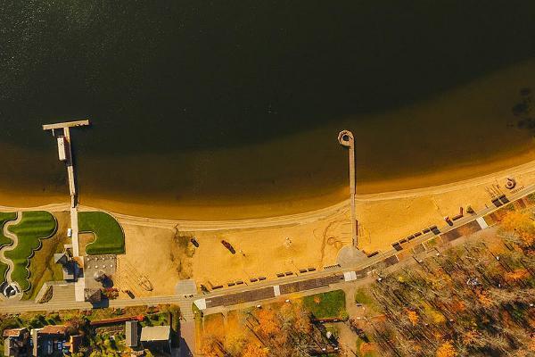 Lake Tamula Beach and the Beach Promenade