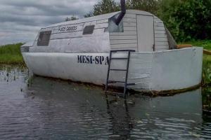 Aizraujoša nakšņošana uz Peipusa ezera pirts laivā