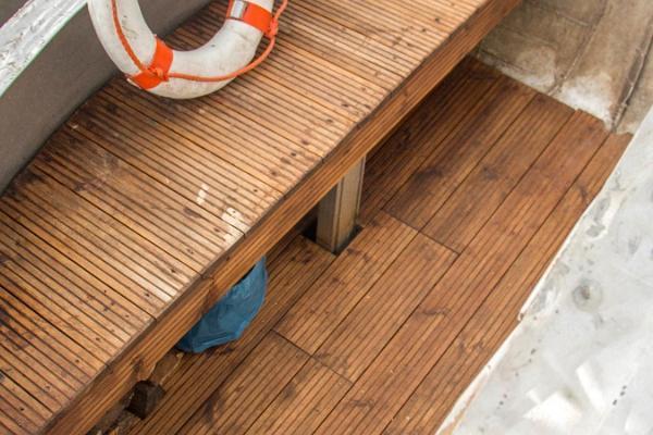 Erlebnisübernachtung im Saunaboot auf dem Peipussee