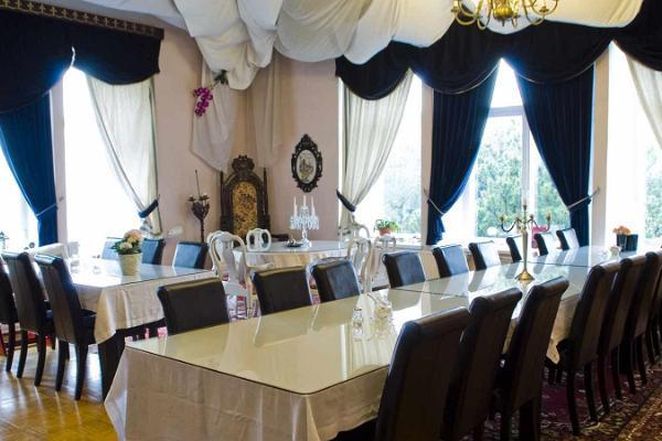 Villa Meretare hommikusöögisaal-puhketuba
