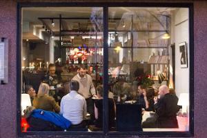 Café-Bar Tuum (dt. Kern)
