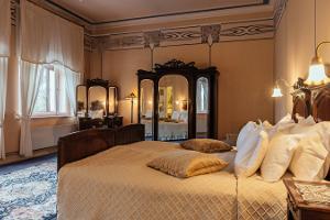 Villa Ammende - Luxury Art Nouveau Hotel