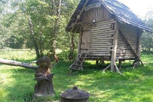 Vapramäe Naturhus och Elva naturskyddsområde