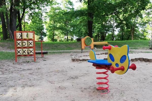 Lekplatsen på Toomemägi (Domberget)