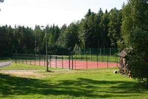 Valgehobusemäe suusa- ja puhkekeskuse tennise- ja korvpalliväljak