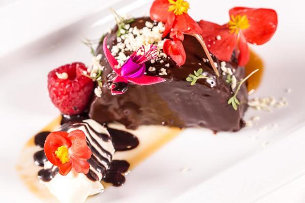 Restaurant 100