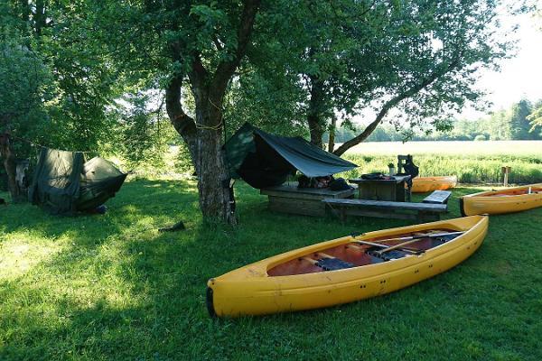 """""""Seikle Vabaks"""" izbrauciens ar kanoe laivām Somā Nacionālajā parkā"""