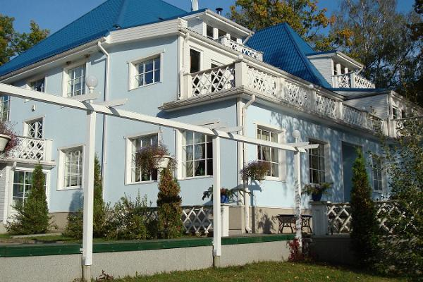 Nelijerves Atpūtas centrs, Pääsu villa